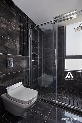 2018面积144平现代四居卫生间装修设计效果图卫生间现代简约设计图片赏析
