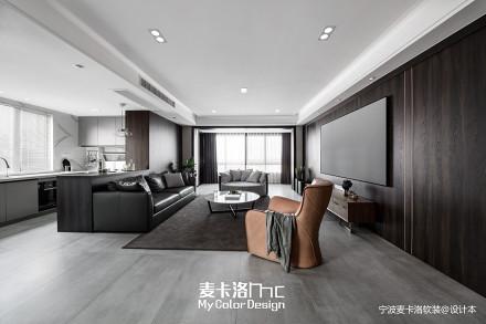 质朴102平现代三居客厅案例图