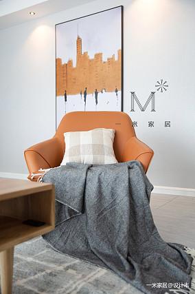 盛夏光年现代三居背景墙设计图家装装修案例效果图