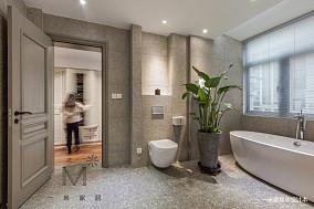浪漫67平北欧复式客厅实景图复式北欧极简家装装修案例效果图
