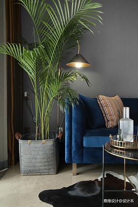 《构色》色彩与材质下的精致且美好客厅潮流混搭设计图片赏析