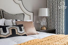 温馨72平美式三居卧室效果图欣赏三居美式经典家装装修案例效果图
