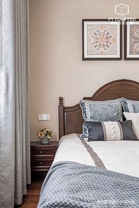 浪漫97平美式三居卧室装修美图三居美式经典家装装修案例效果图