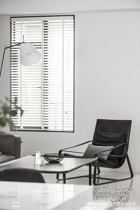 质朴43平现代复式客厅美图