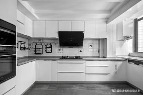 优雅55平现代复式厨房美图