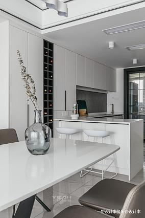 温馨79平简约复式厨房装修美图