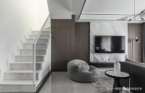 浪漫43平简约复式客厅实景图