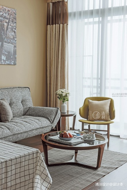 明亮35平混搭小户型客厅布置图