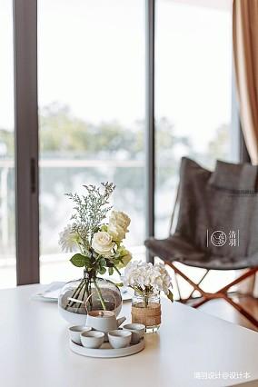 优美22平混搭小户型客厅装修图