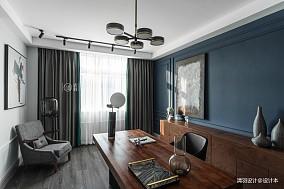 浪漫32平法式小户型卧室装修图
