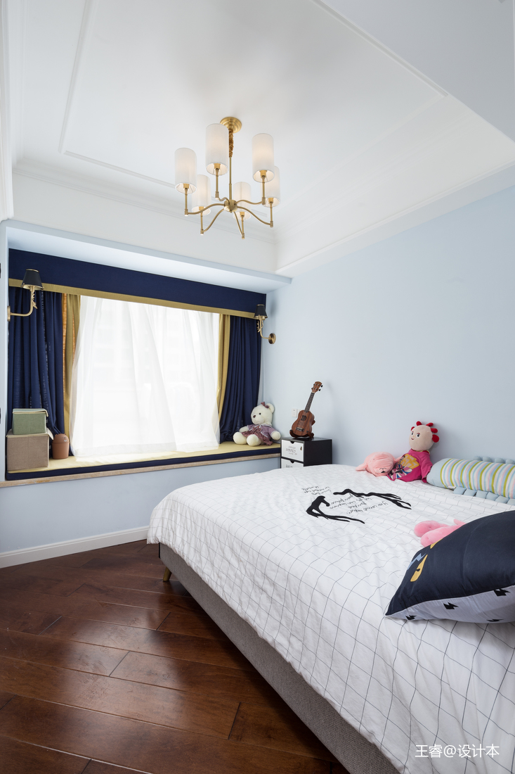 简洁110平混搭三居儿童房图片大全卧室窗帘潮流混搭卧室设计图片赏析