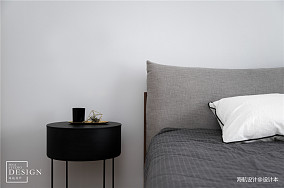 大气80平北欧复式卧室装修图片