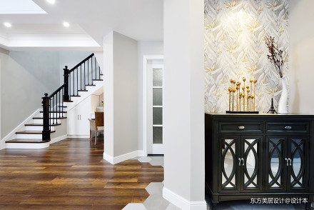 温馨的美式风格别墅玄关设计