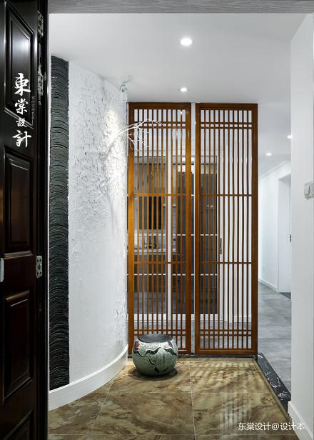 华丽120平中式三居玄关装修美图