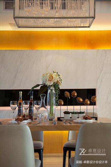 精美136平简约四居餐厅设计效果图