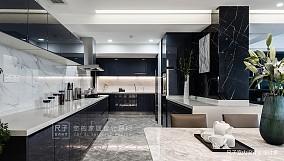 现代四居厨房设计