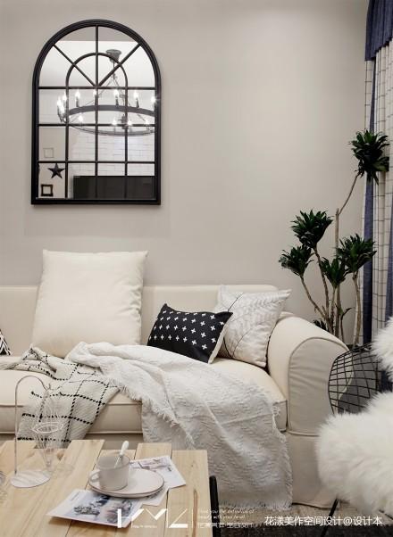 典雅100平混搭三居客厅案例图