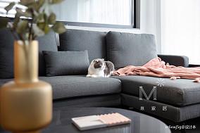 温馨84平现代二居设计案例二居现代简约家装装修案例效果图