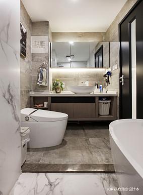 悠雅95平简约四居卫生间装修案例四居及以上现代简约家装装修案例效果图