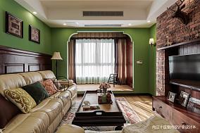精美72平美式三居客厅装修设计图