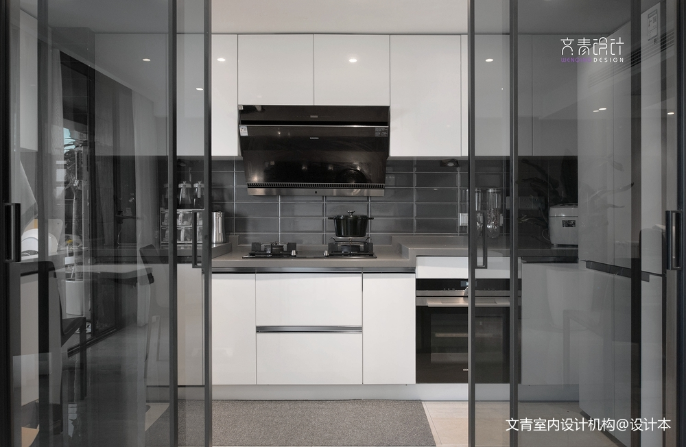 室内四合院复式厨房设计图餐厅现代简约厨房设计图片赏析