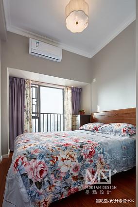 轻奢107平美式四居卧室实景图片四居及以上美式经典家装装修案例效果图