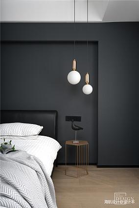 温馨104平现代三居卧室设计案例