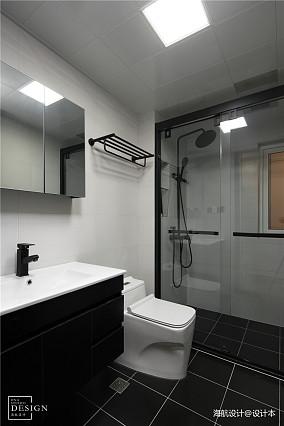 精美118平现代三居卫生间设计效果图