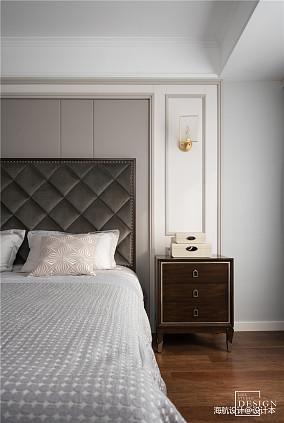 优美89平美式三居卧室装饰图