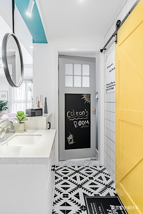 精致65平北欧二居卫生间装饰图片二居北欧极简家装装修案例效果图