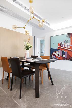 温馨97平现代三居餐厅装修美图三居现代简约家装装修案例效果图