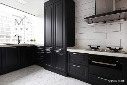 大气80平现代三居厨房布置图