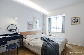 轻奢22平现代小户型卧室效果图片大全一居现代简约家装装修案例效果图