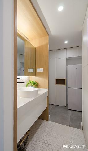 平现代小户型卫生间装修效果图一居现代简约家装装修案例效果图