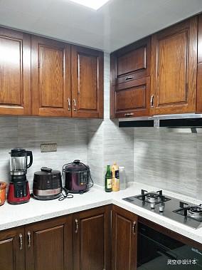 精美101平中式三居厨房装潢图