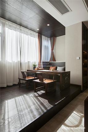 中式四居阳台设计图片