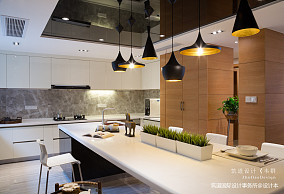 温馨54平现代复式厨房装饰图片