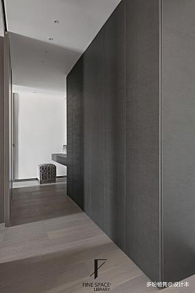 质朴82平现代复式衣帽间装修图复式现代简约家装装修案例效果图