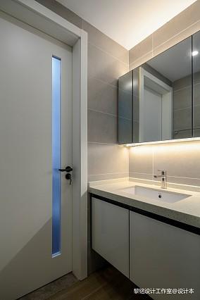 华丽80平北欧三居卫生间装修设计图三居北欧极简家装装修案例效果图