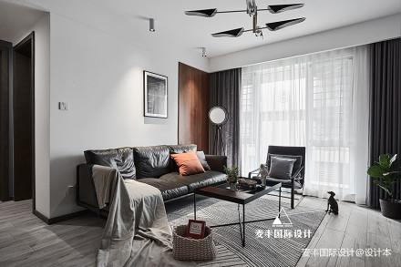 简约现代客厅实景图片