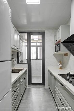 优雅66平现代二居厨房设计美图