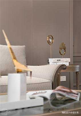 浪漫130平美式四居客厅装饰美图
