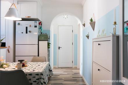 46平米的家也可以拥有衣帽间和U型厨房_3568021一居潮流混搭家装装修案例效果图
