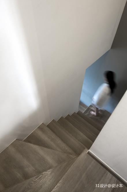 简约北欧风楼梯设计