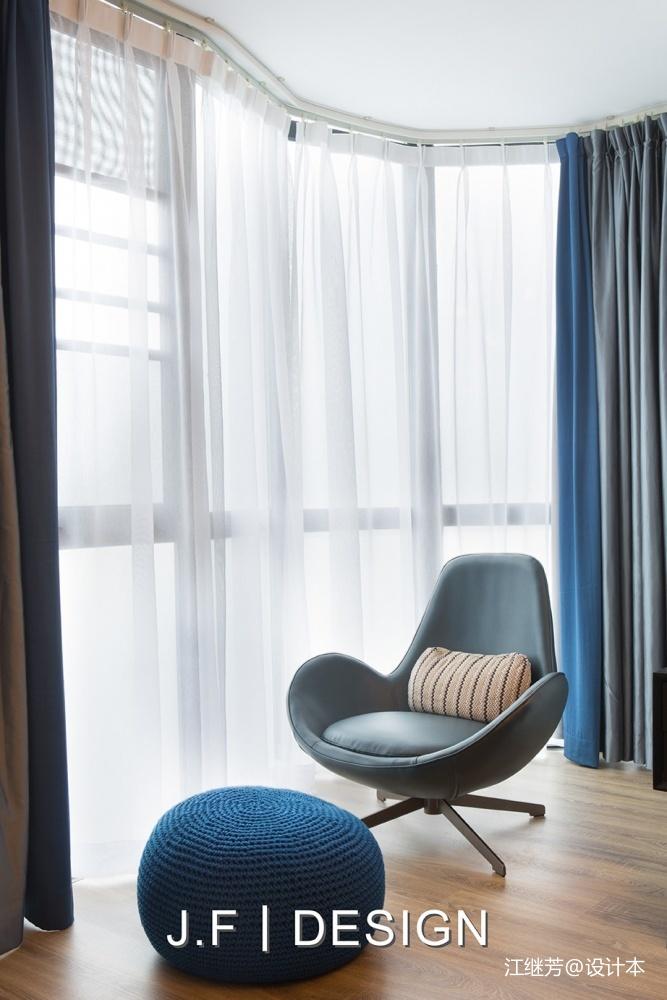 舒适现代风卧室阳台设计卧室现代简约卧室设计图片赏析