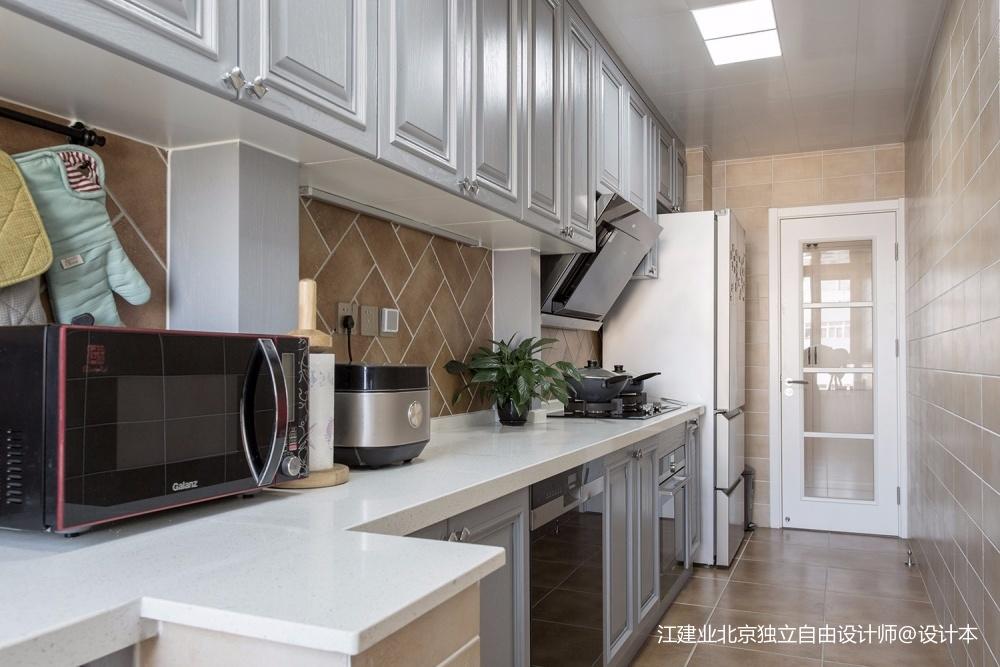 湖光山色餐厅橱柜美式经典厨房设计图片赏析