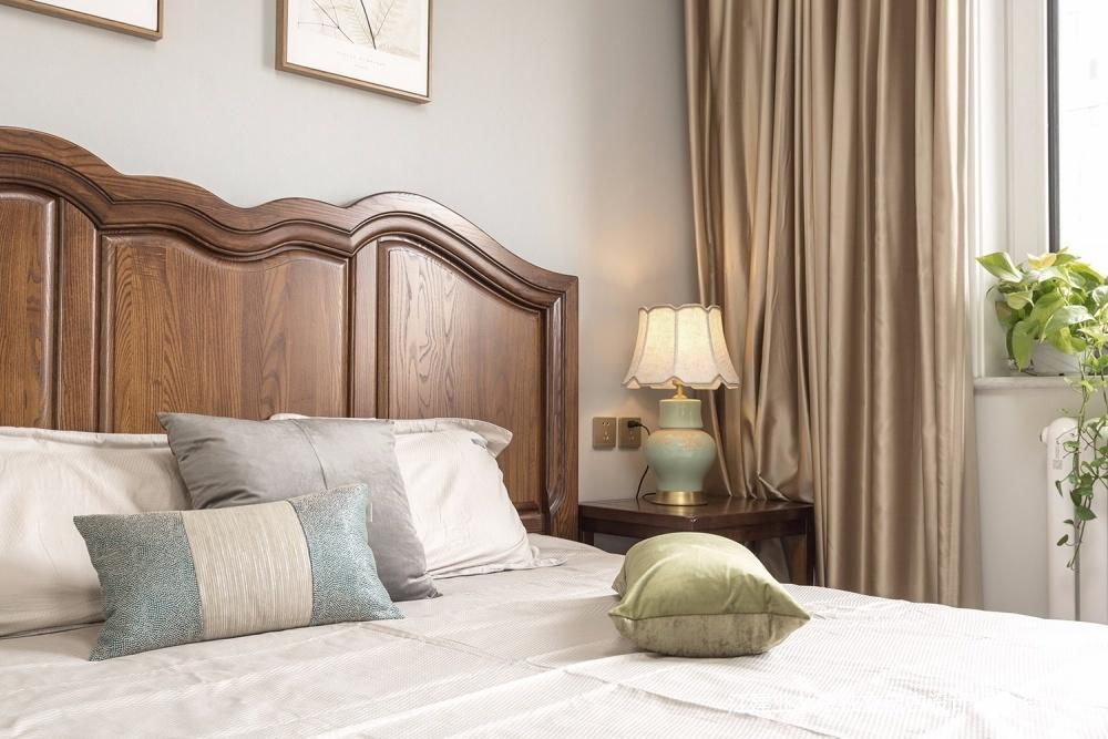湖光山色卧室窗帘美式经典卧室设计图片赏析