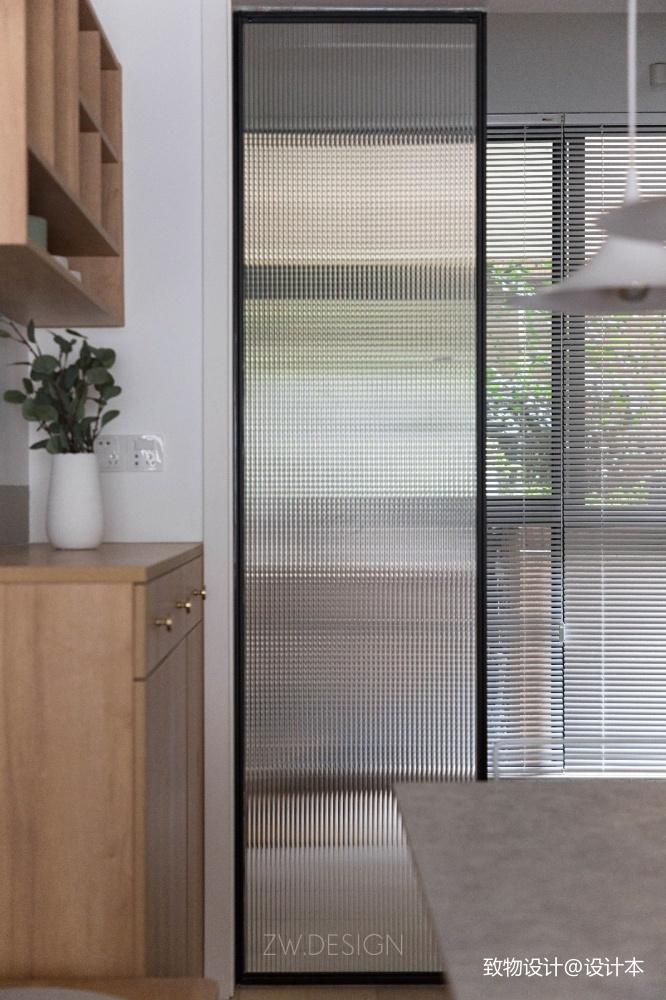 改造个过道浴缸冰箱统统拿下厨房日式餐厅设计图片赏析