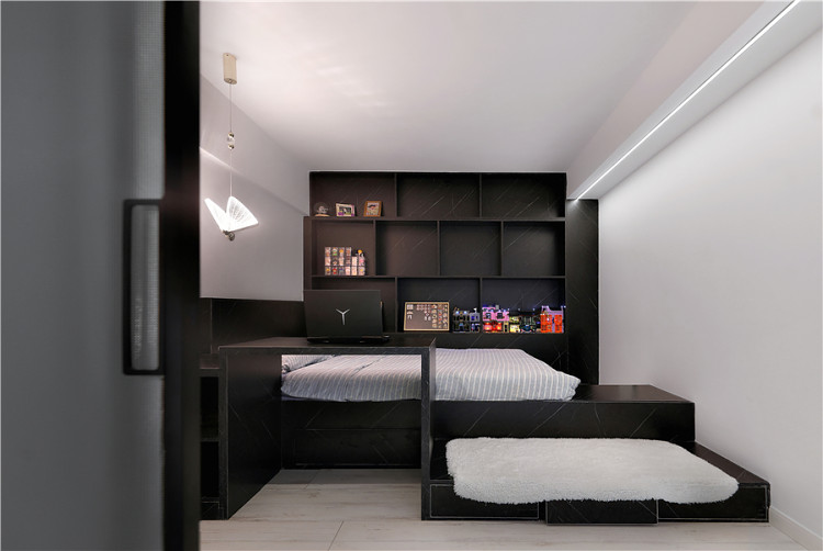 玻璃棧道+弧形吊頂+地臺床,這個設計太酷