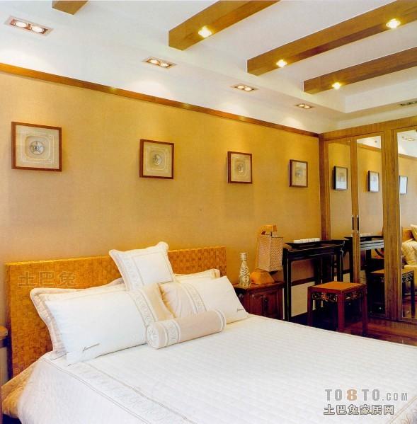 热门100平米三居卧室混搭实景图片大全卧室潮流混搭卧室设计图片赏析